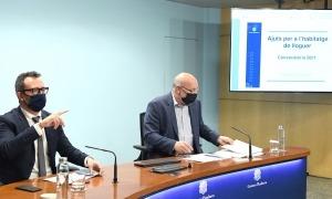 El ministre d'Afers Socials, Habitatge i Joventut, Víctor Filloy, i el director d'Afers Socials, Joan Carles Villaverde, aquest matí.