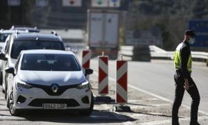 Els vehicles que vulguin creuar la frontera i anar més enllà de l'Alt Urgell només ho podran fer per un motiu justificat.