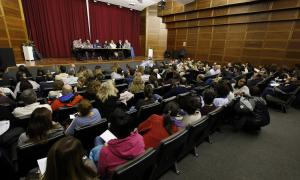 Més de 400 funcionaris van omplir la sala d'actes del Comú d'Escaldes-Engordany.