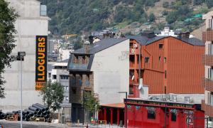 Els augments dels lloguers dels pisos afecten un nombre creixent de persones.