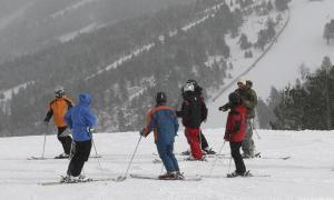 El 80% dels monitors d'esquí de fora estan en procés de formació
