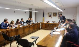 Els mandataris comunals reunits ahir al Comú d'Escaldes van rebre la visita del cap de Govern, Antoni Martí, i del ministre Xavier Espot.