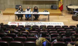 Un moment de l'assemblea extraordinària del Sindicat de l'Ensenyament Públic d'ahir al vespre.