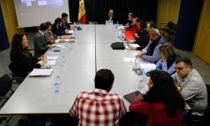 Una de les reunions entre l'executiu i els sindicats de l'Administració per la llei de la funció pública.