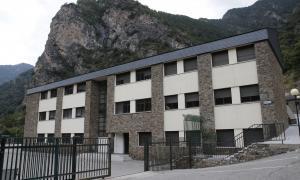 Els docents van alertar de la situació a l'Institut Espanyol al mes d'agost