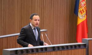Durs retrets entre Espot i Gili pel 'no' al text de llibertat sindical del PS
