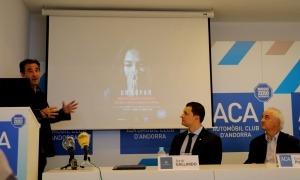 Sasplugas, Gallardo i Pujal en un moment de la presentació de la campanya, ahir a la tarda.