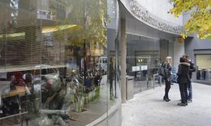 Els psicòlegs recullen signatures per entrar a la cartera de serveis
