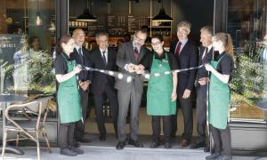 Starbucks obre portes a la capital