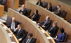 DA vol canviar la llei de partits per evitar donacions dels grups