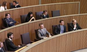 LdA pregunta per les relacions dels càrrecs públics amb Landstreet