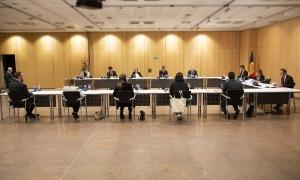 Un moment del consell de Comú celebrat aquest dijous al Centre de Congressos per garantir la distància de seguretat.