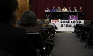 Els sindicats reclamen un increment dels sous i pensions dels treballadors