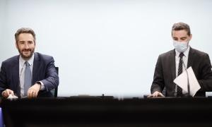El ministre de Finances, Eric Jover, i el secretari d'Estat d'Afers Financers Internacionals, Marc Ballestà, en la compareixença d'avui.