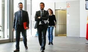 Rosa Gili, Pere López i Gerard Alís van presentar ahir les esmenes parcials al projecte de pressupost.