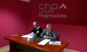 El conseller del Comú lauredià d'SDP, Josep Roig, i el president de la formació, Jaume Bartumeu, en la compareixença d'ahir.