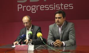 Víctor Naudi i David Pérez en una compareixença anterior a la seu d'SDP.
