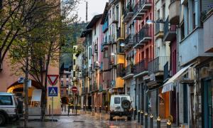 Les immobiliàries de la Seu d'Urgell alerten d'una pujada de preus, però que no arribarà mai al preu d'Andorra.