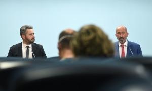 El ministre portaveu, Eric Jover, i el titular de Salut, Joan Martínez Benazet, en la compareixença posterior al consell de ministres.