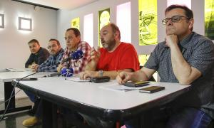 Representants de la plataforma sindical van comparèixer ahir per valorar la sortida de SEP i Sipaag.