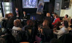 Una reunió d'Acció Feminista.