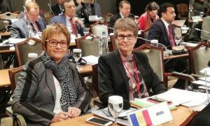 Meritxell Palmitjavila i Susanna Vela a l'Assemblea Parlamentària del Mediterrani.
