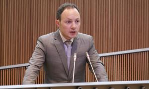 Espot es querella contra un digital espanyol i posa els seus comptes privats a disposició dels consellers