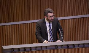 El ministre de Finances, Eric Jover, en una de les intervencions en què va defensar els comptes per al 2020 al Consell General.