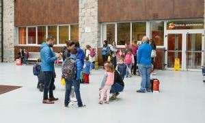 """Uns 11.000 alumnes inicien amb """"normalitat"""" el nou curs escolar"""