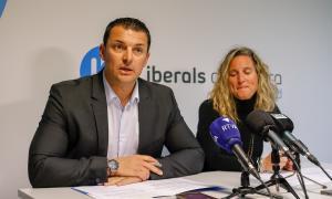 Jordi Gallardo i Eva López en un moment de la compareixença d'ahir.