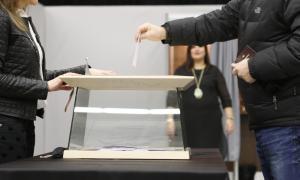 El PS aposta per una reforma del sistema electoral a dues velocitats