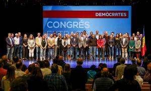 Els candidats taronja al final del congrés extraordinari per validar les candidatures.