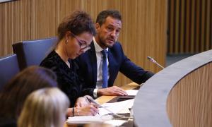 Els parlamentaris socialdemòcrates interpel·laran el Govern sobre aquesta qüestió en la sessió de control del dia 5 de desembre.