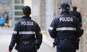 La setmana passada la policia va detenir dotze persones.