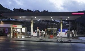 Imatge d'una benzinera del Principat.
