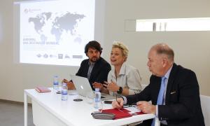 Gerard Aris, Stephanie Steinbrecht-Aleix i Marc Giebels van Bekestein van presentar ahir el projecte Genting Grand Casino Andorra.