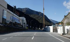 La parada d'autobús del Punt de Trobada en sentit nord s'eliminarà