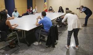 La ministra Trini Marín en la reunió d'aquest dilluns amb els representants dels sindicats de la Funció Pública.