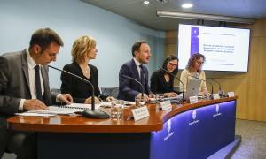 La Guia va ser presentada ahir a la tarda pel ministre Espot i per representants dels departaments implicats.
