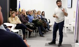 Marc Lite durant la xerrada que va impartir ahir a l'Espai d'Innovació d'Actua.