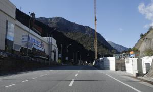 Eliminada la parada de bus del Punt de Trobada pels canvis a la carretera