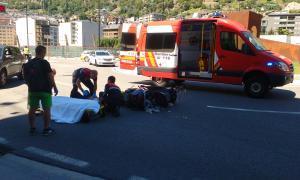 Ferit un motorista de 61 anys en un accident a l'avinguda Tarragona d'Andorra la Vella