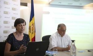 La directora de la CASS, Joaquima Sol, i el president del consell d'administració de la parapública, Albert Font.