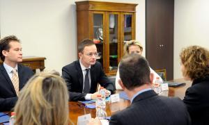 Suport hongarès perquè l'acord d'associació reculli les especificitats