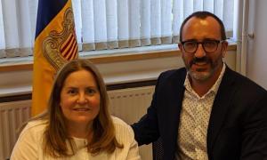 La presidenta d'Amida, Agustina Grandvallet, amb el ministre Víctor Filloy.