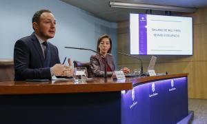 Espot i Vilella en la presentació de les millores del Servei d'Ocupació, ahir.