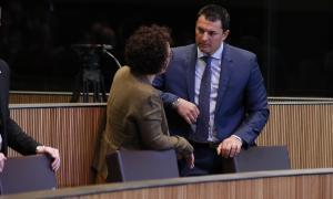 El president del grup parlamentari liberal, Jordi Gallardo, amb la consellera general de la formació, Judith Pallarés.
