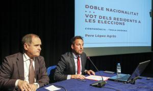 Paulo Pisco i Pere López en la taula rodona d'ahir.