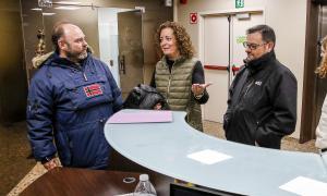 Gabriel Ubach, Lara Vilamala i Salvador Prieto a les dependències del Govern.