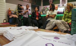 Nova recollida de signatures per a la despenalització de l'avortament
